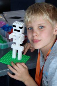 bricks-4-kidz-minecraft-skeleton