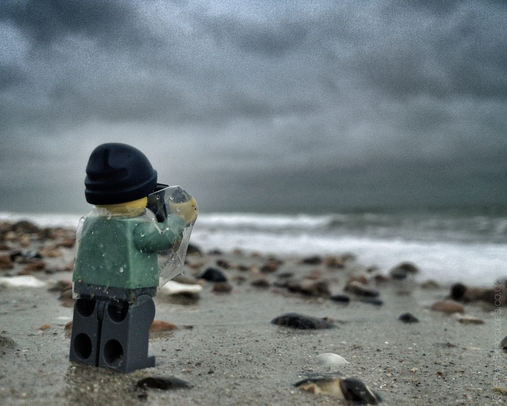 Surprising (and cool) things people do with LEGO®: Minifigure Photography