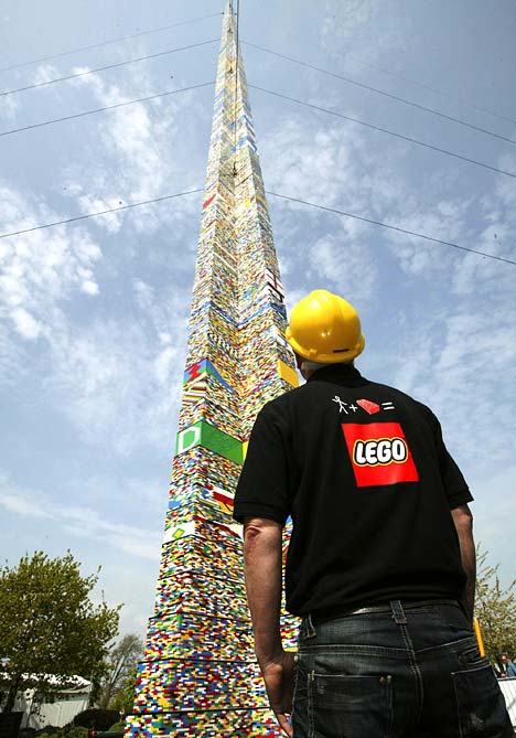 Worlds Tallest LEGO Tower | Perspective | huffingtonpost.co.uk