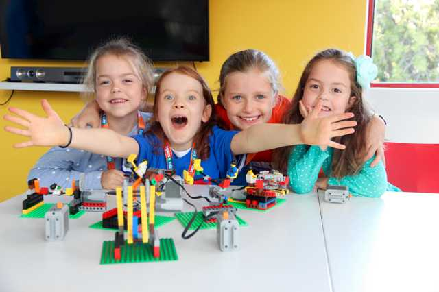 April School Holidays Workshops with LEGO® Bricks — Week One! ?