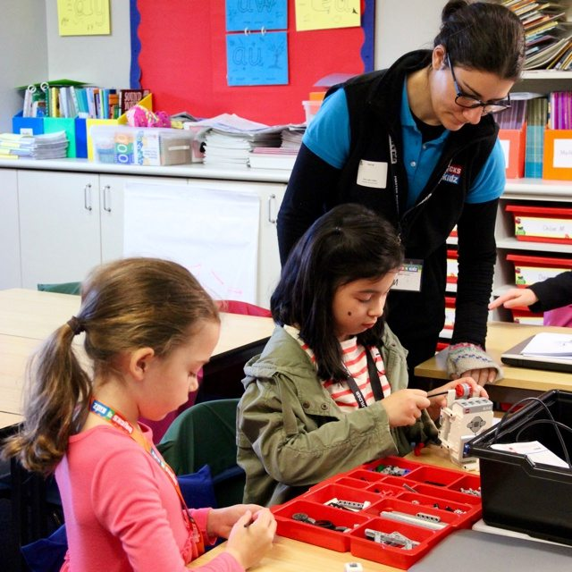 14 BRICKS 4 KIDZ Lower North Shore Sydney   LEGO MINDSTORMS EV3 Robotics Holiday Workshop Program   Wenona School North Sydney