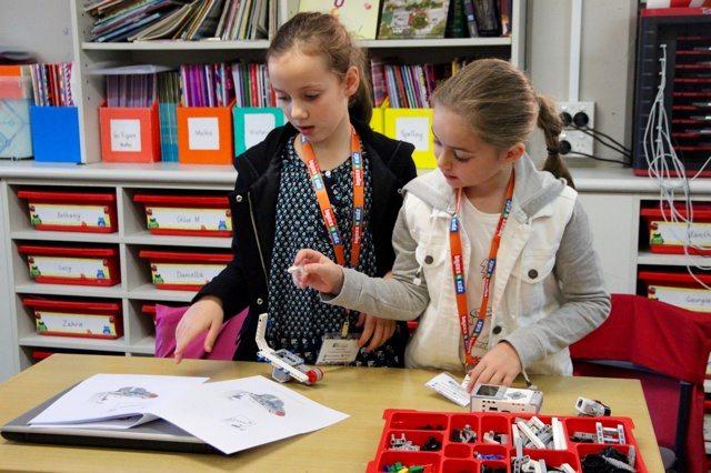 15 BRICKS 4 KIDZ Lower North Shore Sydney   LEGO MINDSTORMS EV3 Robotics Holiday Workshop Program   Wenona School North Sydney
