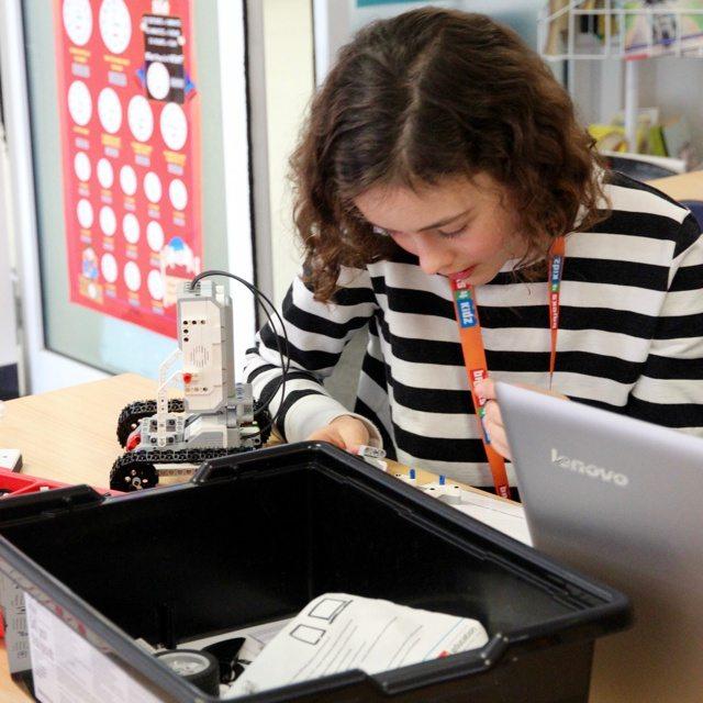 4 BRICKS 4 KIDZ Lower North Shore Sydney   LEGO MINDSTORMS EV3 Robotics Holiday Workshop Program   Wenona School North Sydney