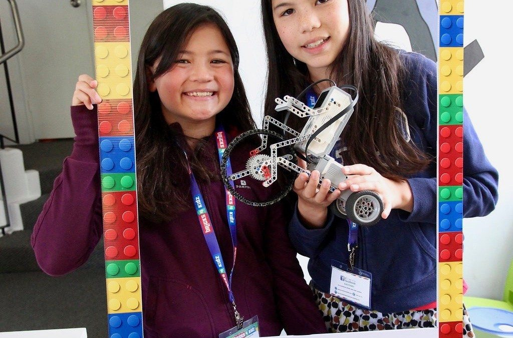 More AWESOMENESS at our Holiday Workshops with LEGO®!