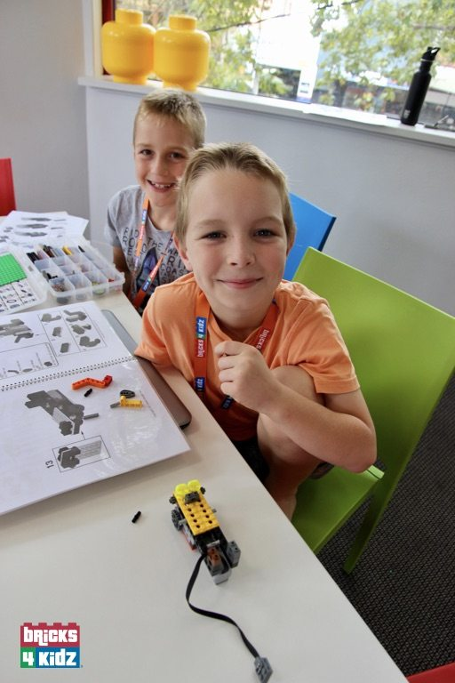 2 BRICKS 4 KIDZ Lower North Shore Sydney | Crows Nest, Mosman, North Sydney, Willoughby | LEGO Robotics Coding Fun | School Holiday Activities Workshops Programs