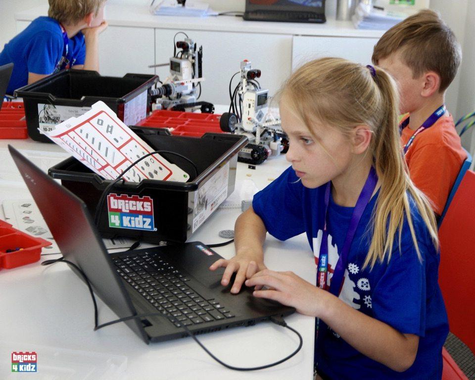 12 BRICKS 4 KIDZ North Shore Sydney | Crows Nest, Mosman, North Sydney, Willoughby, Gordon, St Ives | LEGO Robotics Coding Fun STEM | School Holiday Activities Workshops Programs