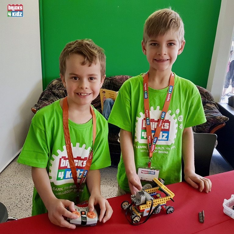 22 BRICKS 4 KIDZ North Shore Sydney | Crows Nest, Mosman, North Sydney, Willoughby, Gordon, St Ives | LEGO Robotics Coding Fun STEM | School Holiday Activities Workshops Programs