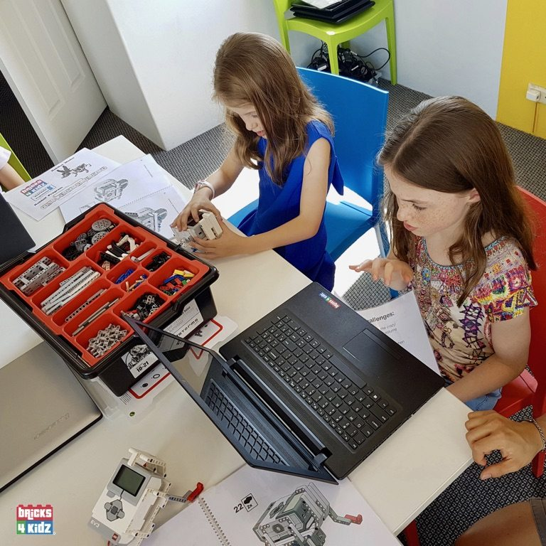 13 BRICKS 4 KIDZ Sydney - Crows Nest, Mosman, North Sydney, Willoughby, Gordon, St Ives - LEGO Robotics Coding Fun STEM - Summer School Holiday Activities Workshops Programs