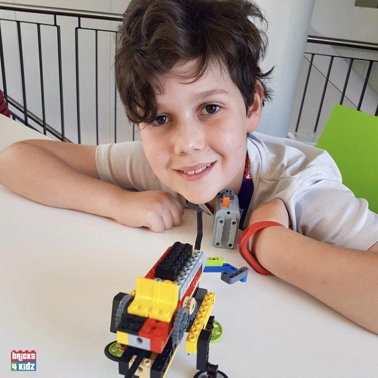 18 BRICKS 4 KIDZ Crows Nest, Mosman, North Sydney, Willoughby, Gordon, St Ives - LEGO Robotics Coding Fun STEM - Summer School