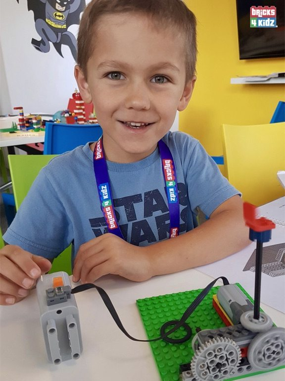 18 BRICKS 4 KIDZ North Shore Sydney   Crows Nest, Mosman, North Sydney, Willoughby, Gordon, St Ives   LEGO Robotics Coding Fun STEM   Summer School Holiday Activities Workshops Programs