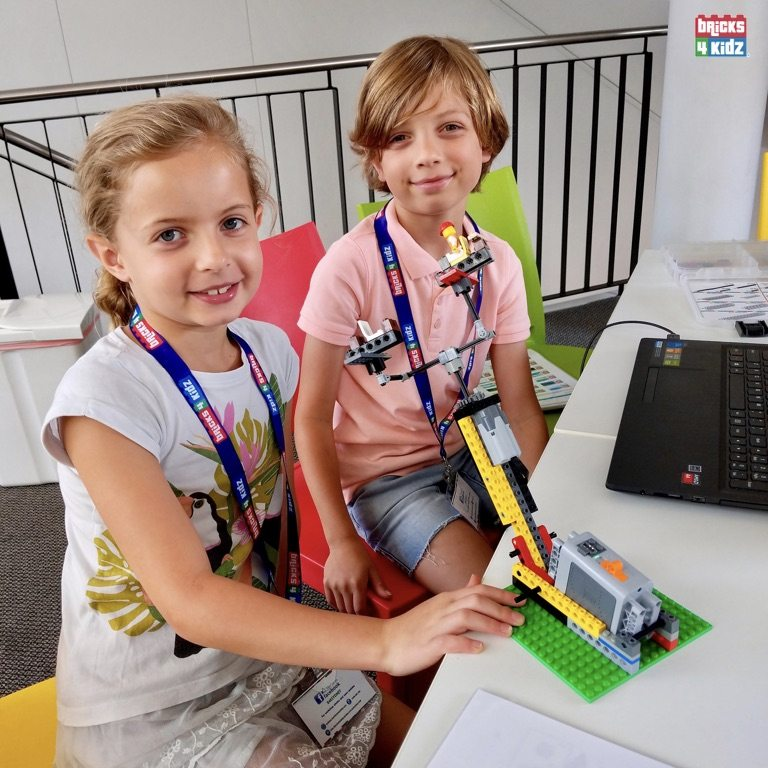8 BRICKS 4 KIDZ Sydney - Crows Nest, Mosman, North Sydney, Willoughby, Gordon, St Ives - LEGO Robotics Coding Fun STEM - Summer School Holiday Activities Workshops Programs