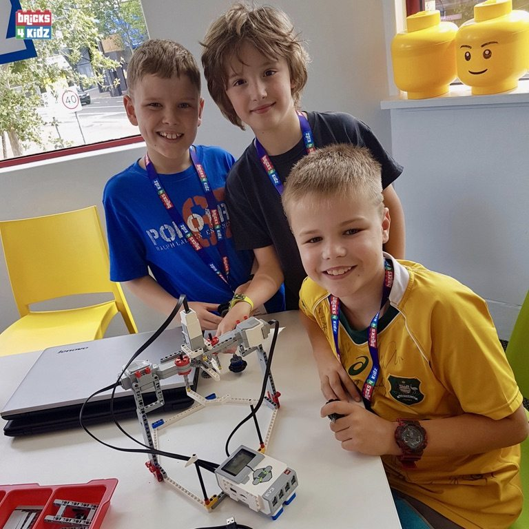 9 BRICKS 4 KIDZ Sydney - Crows Nest, Mosman, North Sydney, Willoughby, Gordon, St Ives - LEGO Robotics Coding Fun STEM - Summer School Holiday Activities Workshops Programs