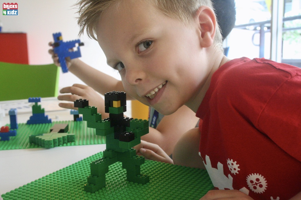 1 BRICKS 4 KIDZ Sydney, Crows Nest, Mosman, North Sydney, Willoughby, Gordon, St Ives - LEGO Robotics Coding Fun STEM - Summer School Holiday Activities Workshops Programs