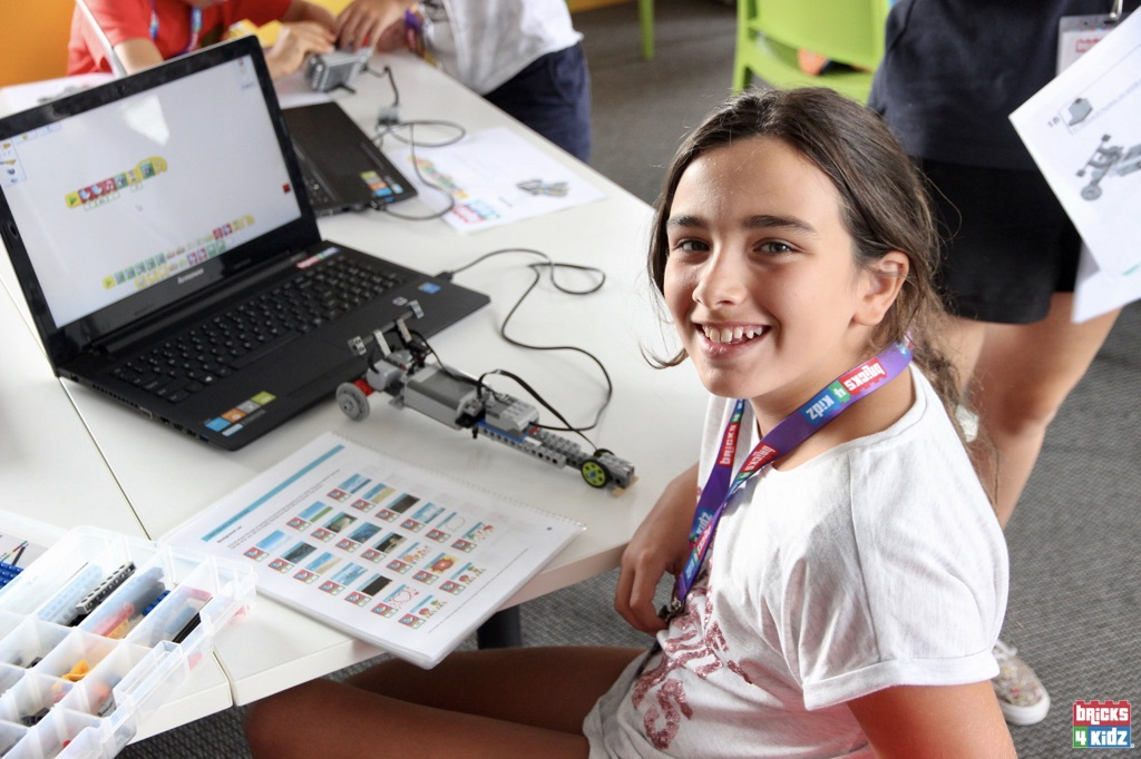 10 BRICKS 4 KIDZ Sydney, Crows Nest, Mosman, North Sydney, Willoughby, Gordon, St Ives - LEGO Robotics Coding Fun STEM - Summer School Holiday Activities Workshops Programs