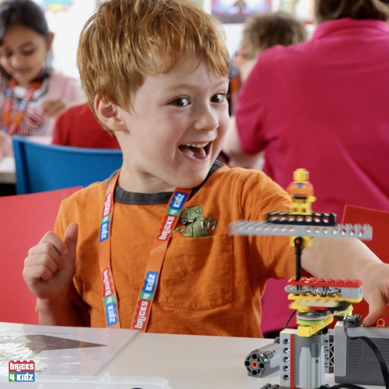 2 BRICKS 4 KIDZ Sydney, Crows Nest, Mosman, North Sydney, Willoughby, Gordon, St Ives - LEGO Robotics Coding Fun STEM - Summer School Holiday Activities Workshops Programs