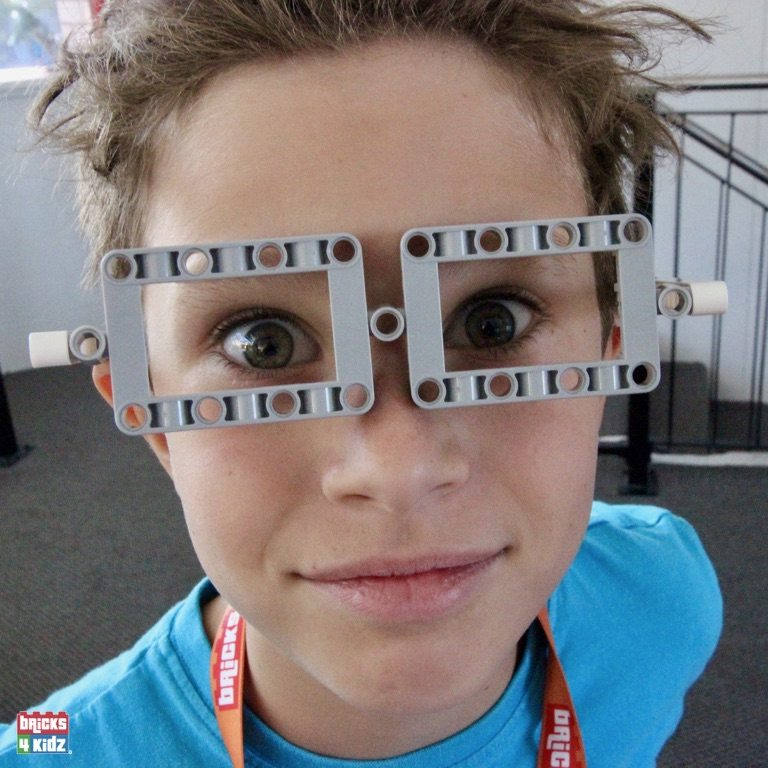 20 BRICKS 4 KIDZ North Shore - Crows Nest, Mosman, North Sydney, Willoughby, Gordon, St Ives - LEGO Robotics Coding Fun STEM Summer School Holiday Activities Workshops Programs