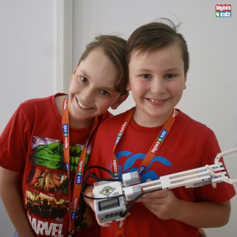 5 BRICKS 4 KIDZ Sydney, Crows Nest, Mosman, North Sydney, Willoughby, Gordon, St Ives - LEGO Robotics Coding Fun STEM - Summer School Holiday Activities Workshops Programs