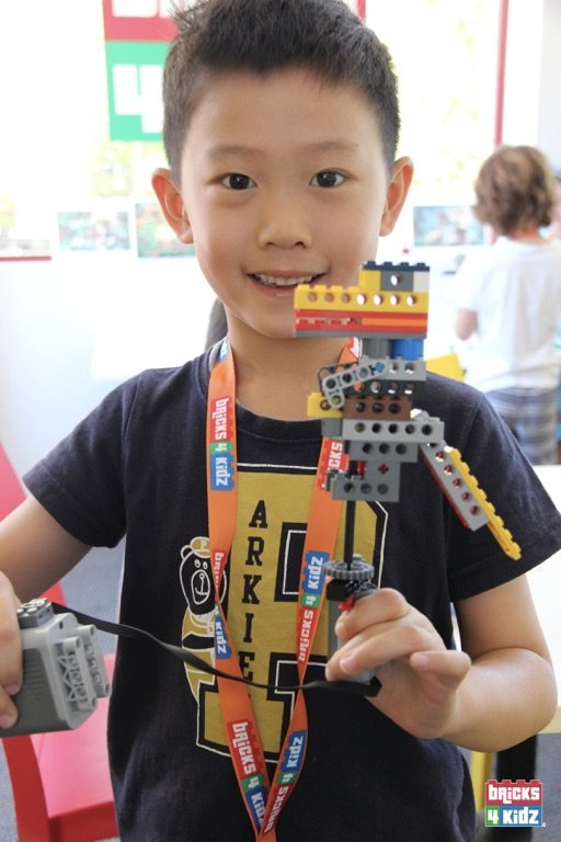 6 BRICKS 4 KIDZ North Shore - Crows Nest, Mosman, North Sydney, Willoughby, Gordon, St Ives - LEGO Robotics Coding Fun STEM Summer School Holiday Activities Workshops Programs