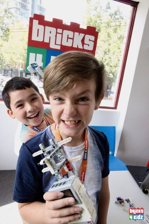8 BRICKS 4 KIDZ North Shore - Crows Nest, Mosman, North Sydney, Willoughby, Gordon, St Ives - LEGO Robotics Coding Fun STEM Summer School Holiday Activities Workshops Programs