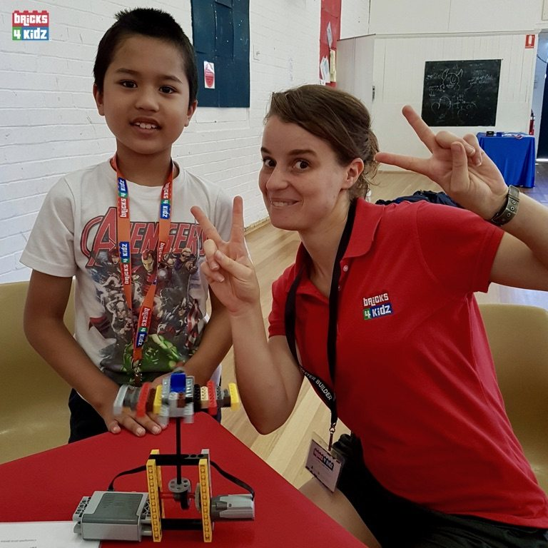 9 BRICKS 4 KIDZ North Shore - Crows Nest, Mosman, North Sydney, Willoughby, Gordon, St Ives - LEGO Robotics Coding Fun STEM Summer School Holiday Activities Workshops Programs