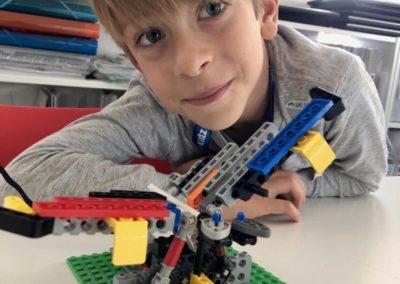 9 BRICKS 4 KIDZ Sydney - School Holiday Workshops Programs LEGO Robotics Coding - Kids Fun Camp