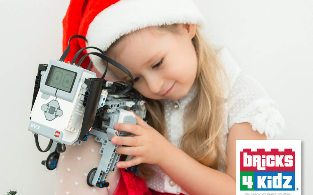 The LONG Summer Holidays are Coming ☀️ and so our Programs with LEGO and Robotics!