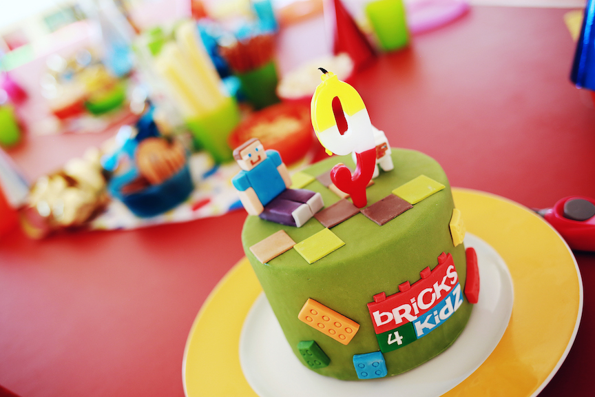 9 Tips from Bricks 4 Kidz for hosting an unforgettable birthday!