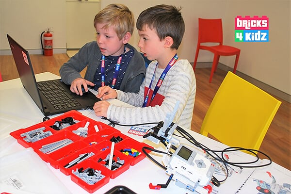 WOW! SUPER FUN Robotics with Coding for Term 4