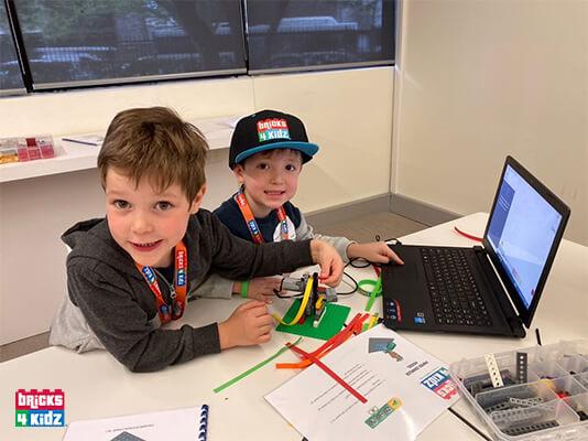 LEGO and Robotics Workplace Holiday Programs at Estée Lauder!