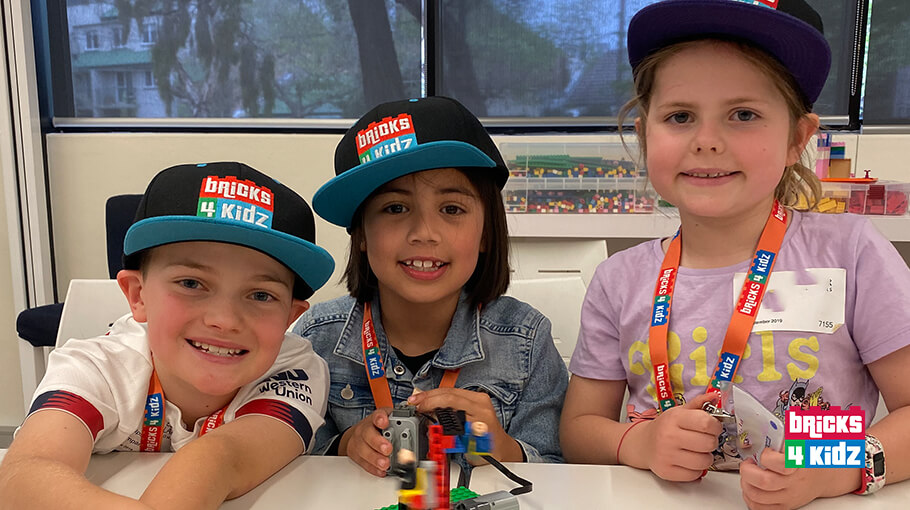 Ready to Get Out? Our July Holiday Workshops are PERFECT for your Aspiring LEGO® Master! 🏠 🤖 🎉