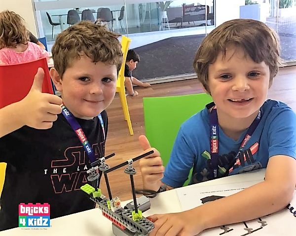 HOT DIGGITY DOG 🌭! Our Spring School Holiday Workshops with LEGO and Robotics are READY for your Aspiring LEGO Master!  👍😀👍