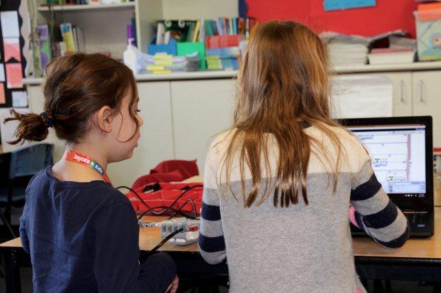 20 BRICKS 4 KIDZ Lower North Shore Sydney | LEGO MINDSTORMS EV3 Robotics Holiday Workshop Program | Wenona School North Sydney